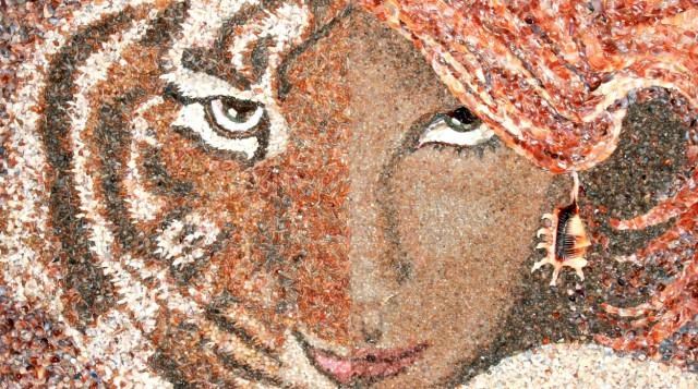 1354866415 9 640x357 Sand and Shell Mosaics by Svetlana Ivanchenko