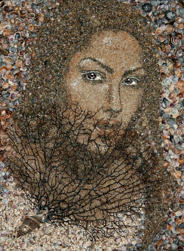 1354866431 0 640x873 Sand and Shell Mosaics by Svetlana Ivanchenko