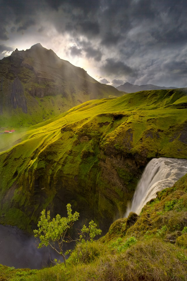 1356442102 4 640x960 Landscape Photography by Kevin McNeal