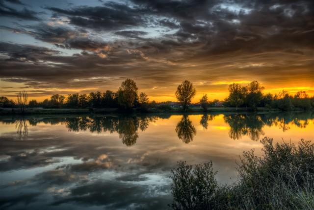 1357131525 3 640x429 HDR Landscape Photography by Maurizio Fecchio