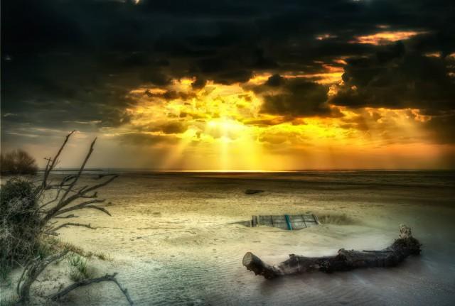 1357131594 8 640x431 HDR Landscape Photography by Maurizio Fecchio