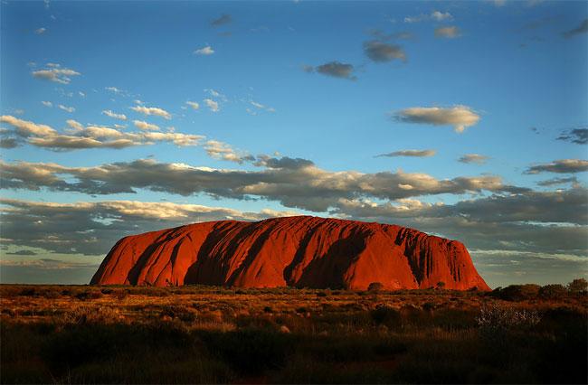 1359 Uluru / Ayers Rock