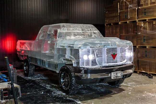318 Fully Functional and Driveable Truck Made of Ice