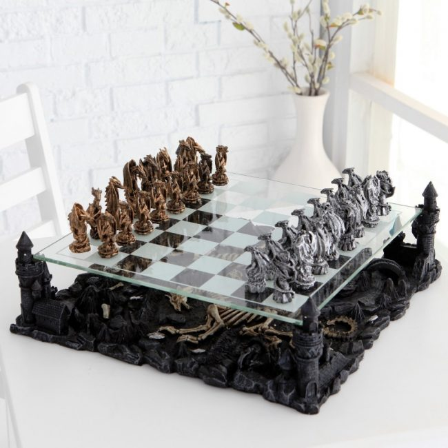 Dragon Chess1 650x650 Daily Most Cool Things #6