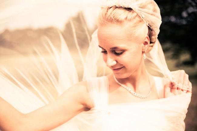 IMG 7383 650x433 Beautiful Wedding Photography