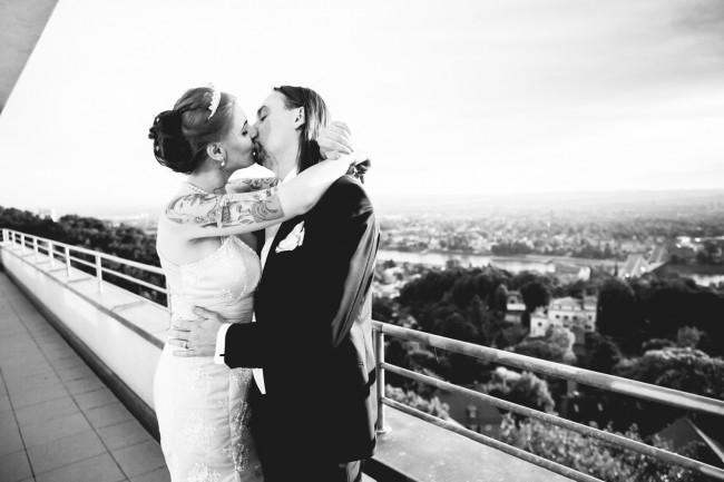 IMG 9760 650x433 Beautiful Wedding Photography