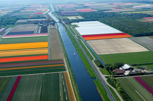 1359705905 0 640x425 Colorful Aerial Photography by Normann Szkop