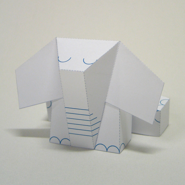 EP DYT 01 Elephriends are forming a stampede