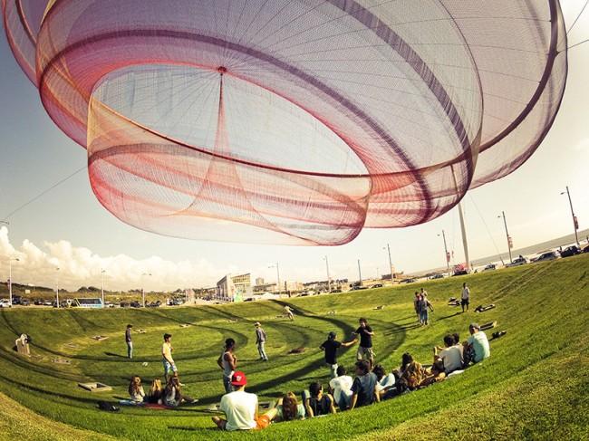 Trippy Nets by Janet Echelman 4 650x487 Trippy Nets by Janet Echelman