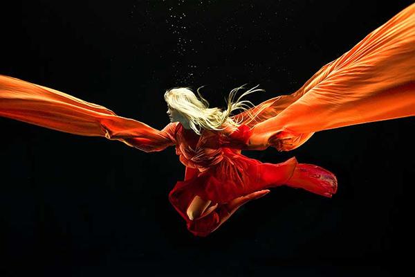 Zena Holloways Underwater Models 4 Zena Holloway's Underwater Models