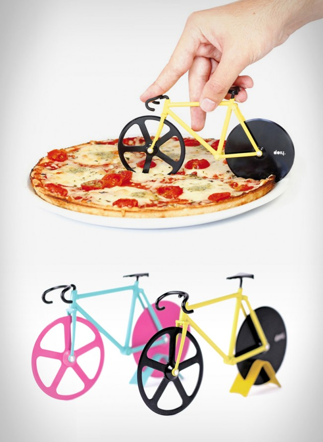 fixie pizza cutter large 650x889 Fixie Pizza Cutter