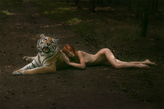 37 Russian Photographer Takes Images With Real Animals
