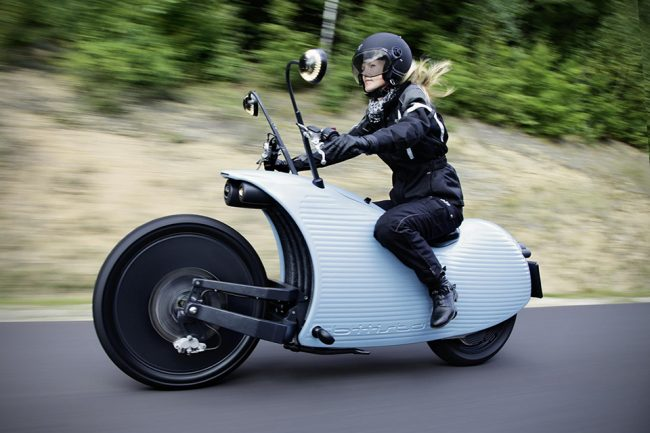 Electriz 1 650x433 Johammer Debuts Their J1 Electric Motorcycles