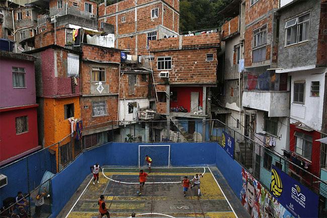 1103 Soccer Match in Rio de Janeiros Slum