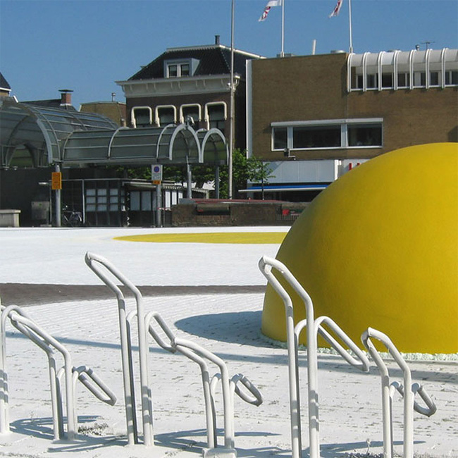 55 Art Eggcident By Henk Hofstra