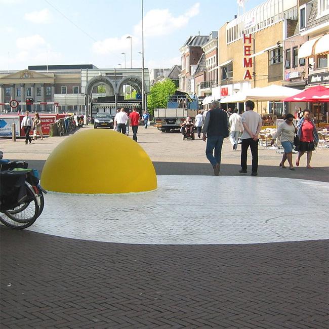 7 Art Eggcident By Henk Hofstra