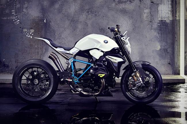 moto 1 650x433 BMW Debuts Concept Roadster