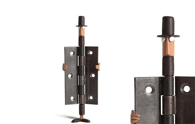 2158 Artista francese trasforma oggetti di uso quotidiano in caratteri Playful