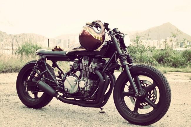 HONDA CB750 8 650x432 Honda CB750 By Wesley Hannam