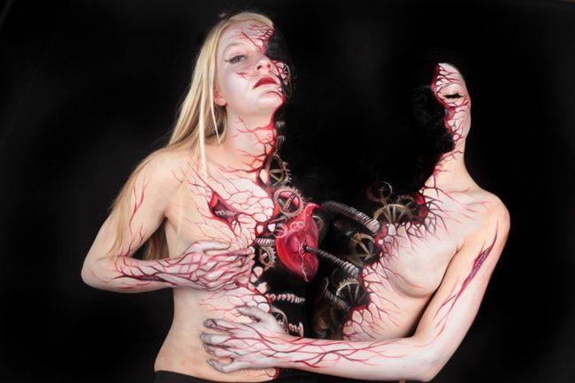 Marwedel01 650x433 Terrifyingly Beautiful and Incredible Body Art