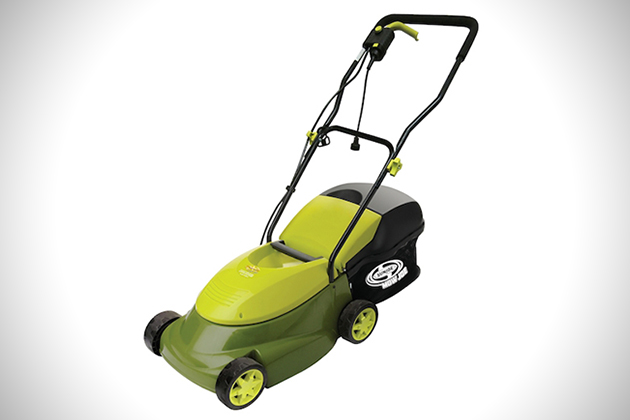lawn 1 The Best Electric Lawnmowers on the Market