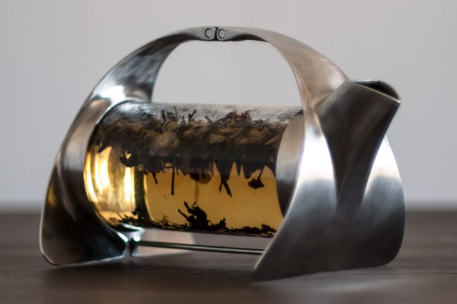 tea 1 650x433 Beautiful Sorapot by Joey Roth