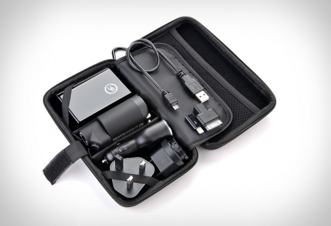 yubi power premium travel kit large 650x444 Premium Travel Kit