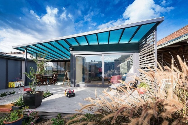 001 weatherboard house statkus architecture 650x433 Weatherboard House by Statkus Architecture
