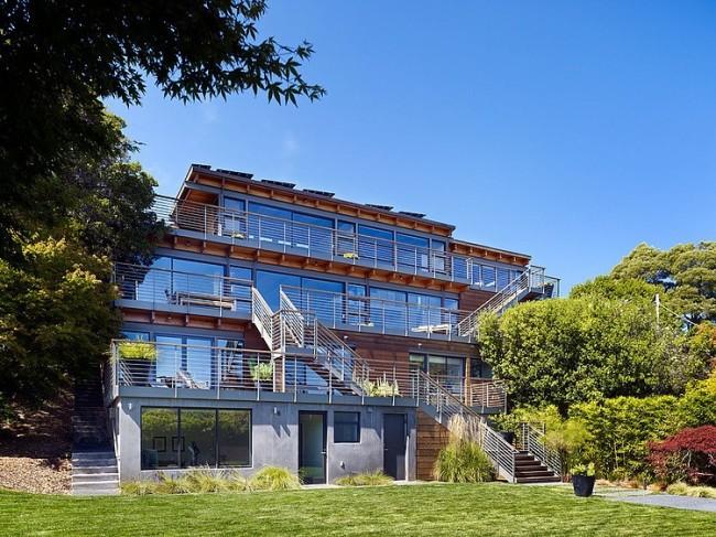 014 coastal hillside home pfau long architecture 650x487 Coastal Hillside Home by Pfau Long Architecture