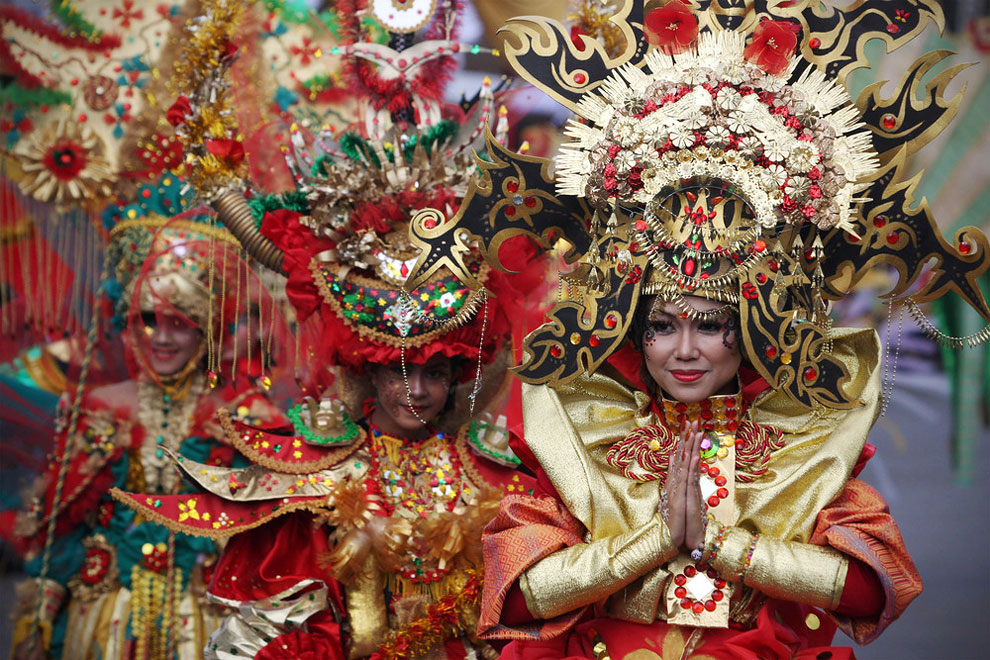 1200 Color Madness: Jember Fashion Carnival in Indonesia