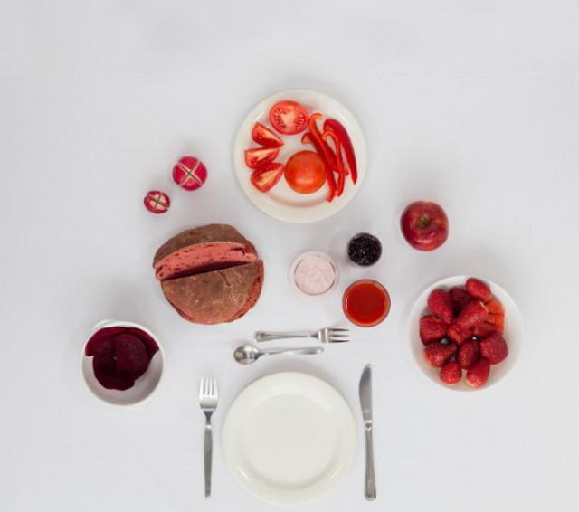 1391707150 1 640x566 Monochrome Breakfast Series