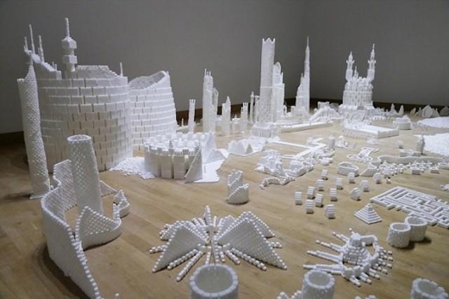 1394127428 1 640x426 Sugar Metropolis Built from 500,000 Sugar Cubes
