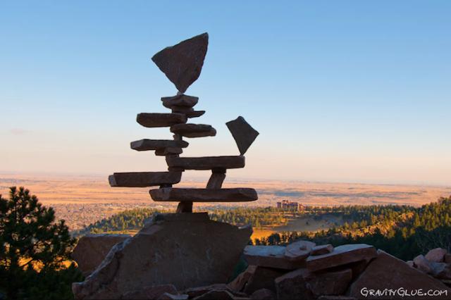 1394296022 1 640x426 The Rock Balancing Art by Michael Grab