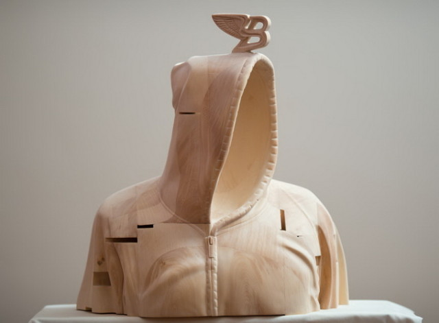 1394903427 6 640x471 Impressive Wooden Sculptures by Paul Kaptein