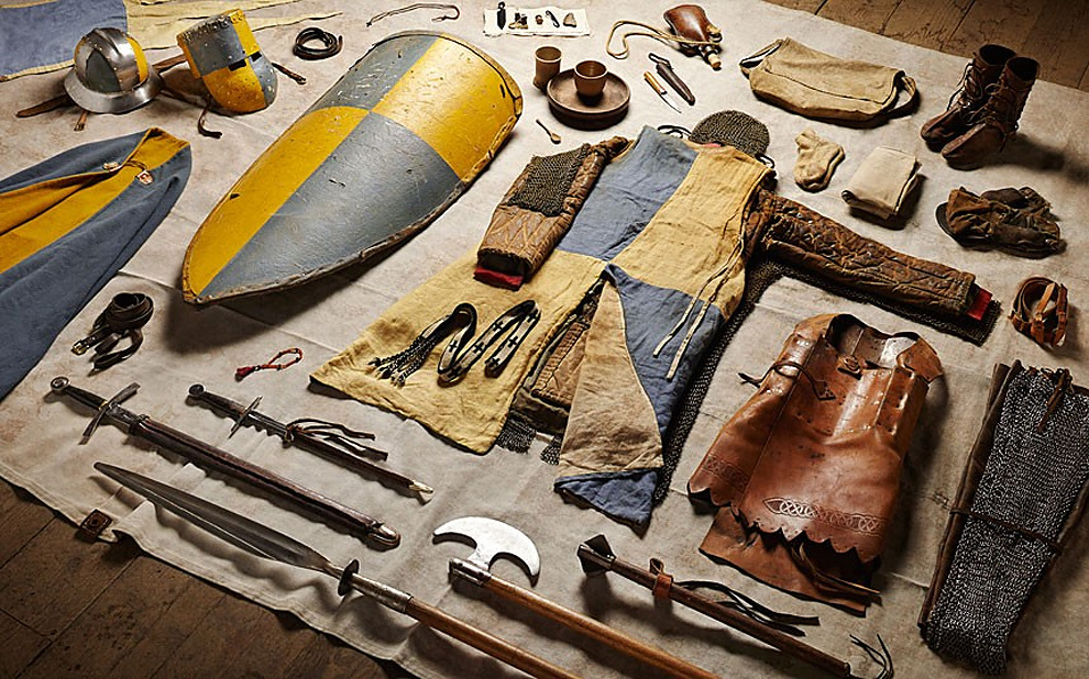 223 Military Kit Through the Ages: from the Battle of Hastings to Helmand