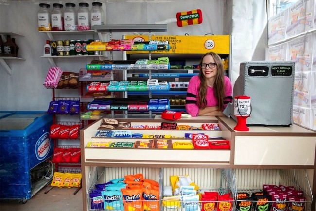 Artist Lucy Sparrow Fills Corner Shop with 4000 Hand Stitched Felt Products 2014 01 650x435 Artist Lucy Sparrow Fills Corner Shop in London with 4,000 Hand Stitched Felt Products
