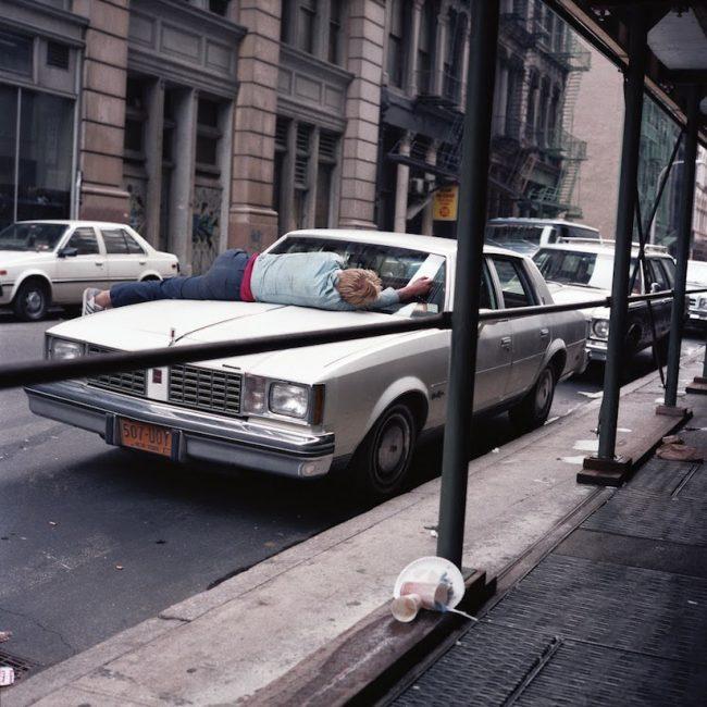 street scenes new york 80ies 01 650x650 Street Scenes of New York City of the 1980s