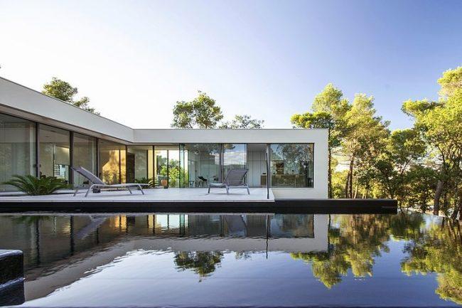 001 maison art brengues le pavec architectes 650x433 Maison Art by Brengues & Le Pavec Architectes