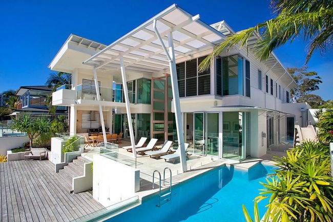 010 noosa holiday home carole tretheway design 650x433 Noosa Holiday Home by Carole Tretheway Design