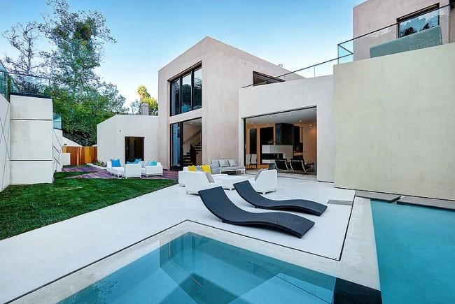 032 hythe court home amit apel design 650x435 Hythe Court Home by Amit Apel Design
