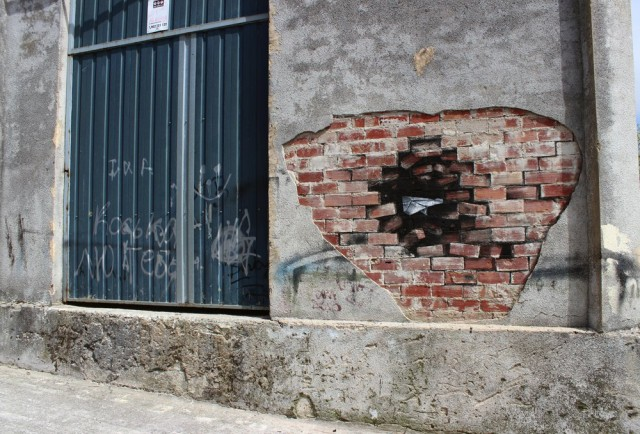 1401295162 1 640x434 Subtractive Street Art by Pejac