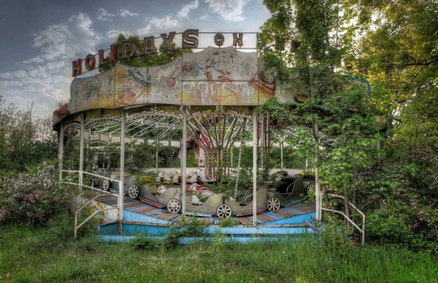 The Magic of Abandoned Places in Niki Feijens Photography