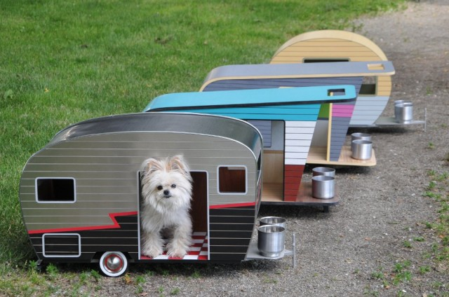 1407850162 1 640x424 Lovely Pet Trailers by Straight Line Design