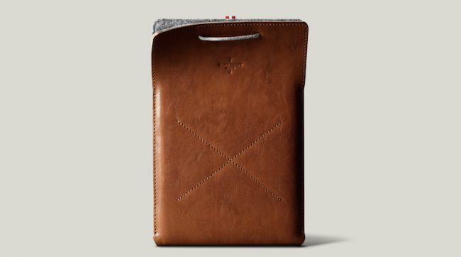 Draw iPad Case Heritage 01 2x 650x362 Enter the Giveaway and Win one Hard Graft iPad Case