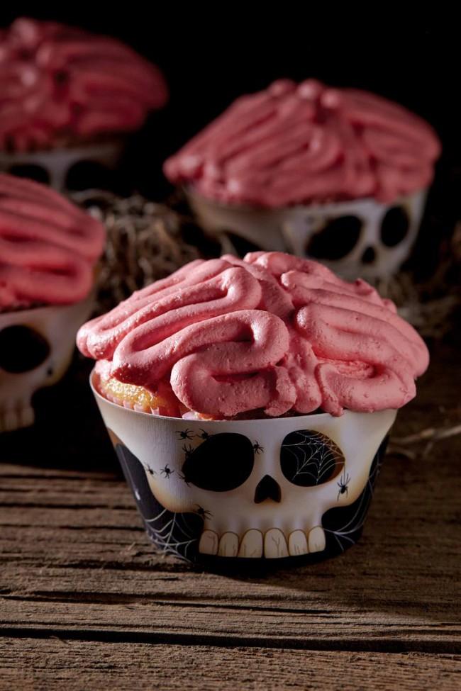 general 650x975 20 Inspirational Halloween Cupcake Ideas