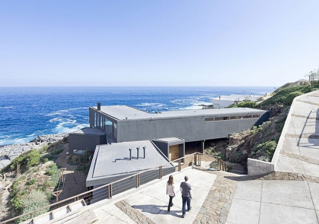 001 beach house land arquitectos 650x456 Beach House by LAND Arquitectos
