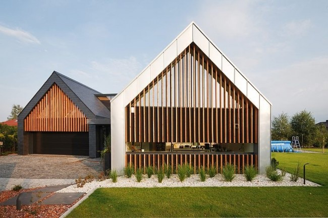 002 barns house rs 650x433 Two Barns House by RS+