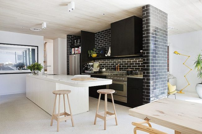 010 brick house clare cousins architects 650x433 Brick House by Clare Cousins Architects