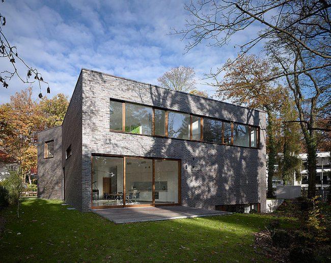 017 berlin residence gndinger architekten 650x516 Berlin Residence by Gnädinger Architekten