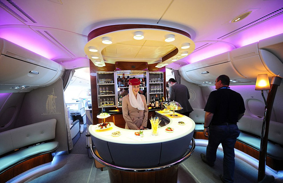 1170 The Most Luxurious On Board Airline Bars in the Sky Revealed